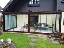 terrassenverbau wintergarten in f nfhaus. Black Bedroom Furniture Sets. Home Design Ideas